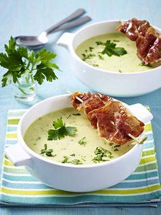 Unser beliebtes Rezept für Kartoffelcreme-Suppe mit gebratenem Parmaschinken und mehr als 55.000 weitere kostenlose Rezepte auf LECKER.de.