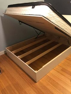 Lift Storage Bed Easy to Move : 14 Steps (with Pictures) - Instructables Diy Bedframe With Storage, Lift Storage Bed, Platform Bed With Storage, Storage Bed Queen, Diy Platform Bed, Diy Daybed, Bed Frame With Storage, Bedroom Storage, Floating Platform