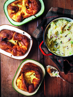 This cheesy mash with bacon makes a wonderfully comforting side dish and would go perfectly with toad in the hole or sausages.