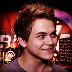 Hunter Hayes is so adorable!!!