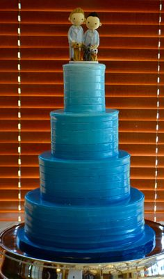 Welcome to the Triangle's Favorite Dessert Destination! Try our delicious wedding cakes, birthday cakes, gelato & coffee- we even have a full bar! Fondant Wedding Cakes, Gelato, Cake Decorating, Birthday Cake, Sugar, Fancy, Modern, Dogs, Desserts