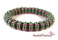 Flower Power beadwoven bangle tutorial / Bangle by BeadedTreasury