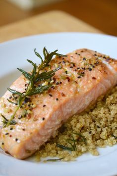 Simple Baked Salmon | Mumbai nut & spice mix from GloryKitchen.com