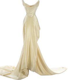 Elegant Dresses, Pretty Dresses, Beautiful Dresses, Formal Dresses, Wedding Dresses, Look Fashion, Runway Fashion, Fashion Design, Gala Dresses