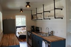 This Cottage Cabin and Cottage Kwik Room are the perfect set up for your country retreat. Small Cottage House Plans, Small Cottage Homes, Barn House Plans, Small Cottages, Tiny House Cabin, Cottage Plan, Country House Plans, Tiny House Design, Small House Plans