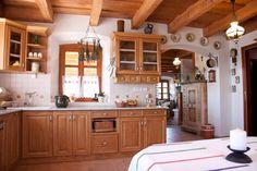 Szentendre - tervező: Mérmű Építész Stúdió Brown Kitchens, Cozy Cottage, Iran, Sweet Home, Kitchen Cabinets, Dining Room, Farmhouse, Homes, Architecture
