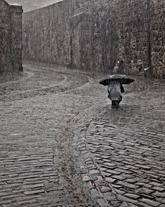 """""""Light Rain in Edinburgh"""", Edinburgh, Scotland  If only I owned a decent camera when I visited... absolutely beautiful. I will be going back- soon."""