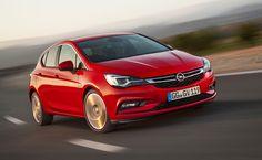 Dévoilée à travers des photos en juillet, la nouvelle Opel Astra sera présentée au public dès ce mois de septembre au Salon de Francfort 2015.