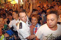 Violência em Hong Kong está vinculada a Pequim | #HongKong, #LiChun, #OcuparCentral, #Pequim, #RevoluçãoCultural, #RevoluçãoGuardaChuva, #Violência