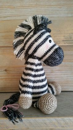Amigurumi Zebra Patroon : You can use this pattern to change donkey Alex in Zoe ...