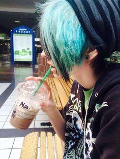 I wish my mom would let me dye my hair like this...plz mom plz