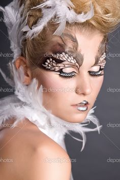 make up for Owl costume Bird Makeup, Mermaid Makeup, Owl Makeup, Animal Makeup, Makeup Art, Owl Halloween Costumes, Halloween Makeup, Halloween 2015, Halloween Ideas