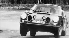Vic Elford , Porsche 911.RF wheel lift. Fun stuff.