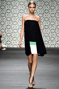 Cara Delevingne - Iceberg - Spring/Summer 2013 Ready-to-Wear - milan - Fashion Show Cara Delevingne, Cara Delevigne Style, Runway Fashion, Fashion Models, Fashion Show, Milan Fashion, Models Style, Women's Fashion, Fashion Weeks