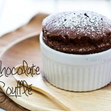 Chocolate Souffle bull Just One Cookbook Soft and fluffy homemade chocolate soufflé dusted with powder sugar simply delicious and heavenly. Köstliche Desserts, Delicious Desserts, Dessert Recipes, Homemade Chocolate, Chocolate Recipes, Chocolate Cakes, Delicious Chocolate, Sorbet, Yummy Treats