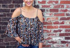 Floral Print Cold Shoulder Top - Lex What Wear #FashionBlogger #StyleBlogger #DailyFashionTrends #OutfitInspiration #SummerStyle #SpringFashion #ColdShoulderTrend #FlaredDenim #FringeEarrings #NashvilleFashion #NashvilleStyle #NasvhilleFashionBlogger #OOTD #OutfitIdeas