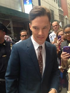 He's so cute! Here he is in NYC----*this very morning, mind you*---and where was I? 300 miles away!!! XP