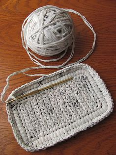 white plarn in progress Knitting and crochet with plastic bags !