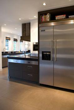Stoere open keuken  Meer interieur-inspiratie? Kijk op Walhalla.com