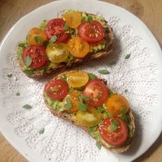 Low carb avocado toast with cherry tomatoes and greek basil- The Vegetarian Atkins Diary : Low carb open sandwiches