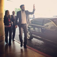 Affleck arrives at Beverly Hilton for Annual Oscars luncheon!