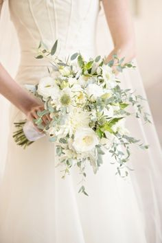 Gorgeous white bouquet: http://www.stylemepretty.com/little-black-book-blog/2015/01/26/rustic-elegant-wedding-at-bacara-resort/ | Photography: Laurie Bailey - http://lauriebailey.com/