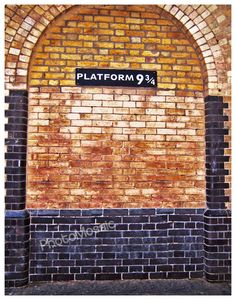 Visit the Platform 9 3/4 sign at Kings Cross