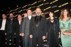 Senaristliğini ve yönetmenliğini Cem Yılmaz'ın üstlendiği 'Pek Yakında' filminin galası Kanyon'da yapıldı, film bugün vizyona girdi.