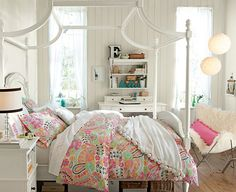 Girls bedroom: cute teenage girl room design and decoration using light green pink floral girl bed sheet including white wood girl canopy bed frame and Diy Room Decor For Girls, Teenage Girl Room Decor, Teenage Girl Bedroom Designs, Girls Room Design, Teen Girl Rooms, Teenage Girl Bedrooms, Small Room Design, Diy Bedroom Decor, Bedroom Ideas