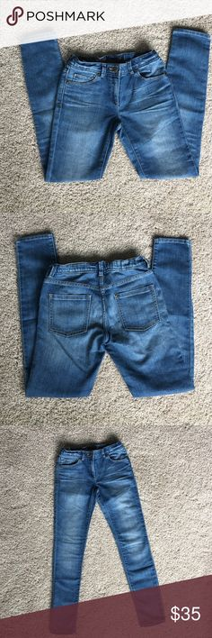 J.crew/crewcuts girls size 12 toothpick jeans J.crew/crewcuts girls size 12 toothpick jeans with internal adjustable elastic waistband. Medium blue color with white wash.  Made with stretchy cotton, 72% cotton 28% polyester. Excellent condition, worn 2 times! J. Crew Bottoms Jeans