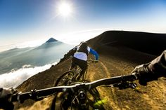 Ridind the Acatenango Volcano...