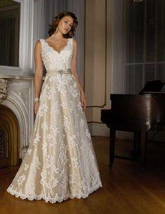 7a41dd5d440 787 Best  Second Marriage Older Brides  Wedding dresses images in ...