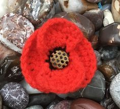 Pretty Poppy Crocheted Corsage with Vintage Glass Button Centre. Red Poppies, Red Flowers, Animal Fibres, Beautiful Gifts, Corsage, Hand Crochet, Bridal Accessories, Christmas Time, Handmade Items