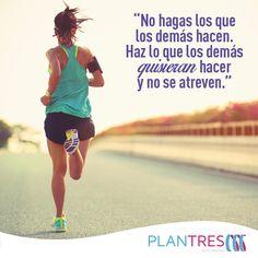 Comienza el lunes con la mejor actitud.  #SoyPlanTres #BajarDePeso #Quotes #Metas