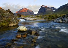 Mount Tolpagorni in Kebnekaise area, Northern Sweden Places To Travel, Places To See, Welcome To Sweden, Visit Sweden, Lappland, Scandinavian Countries, Tourist Information, Natural Wonders, Beautiful Landscapes