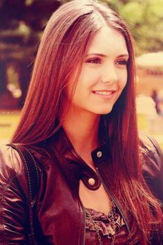 Elena Gilbert | Nina Dobrev | The Vampire Diaries