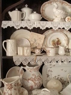 Cabin & Cottage : The Olde English Cupboard. Add crochet edging to shelves. Cozy Cottage, Cottage Style, Cottage Door, Romantic Cottage, English Country Cottages, English Farmhouse, Welsh Dresser, Kitchen Shelves, Cupboards
