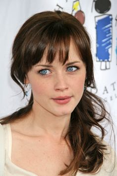 Alexis Bledel - again she rocks the natural look, since she doesn't need to add anything more <3