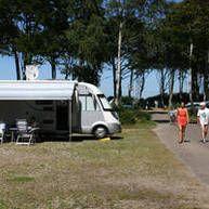 Wohnmobil-Stellplatz-dicht-am-Ostsee-Strand Graal müritz