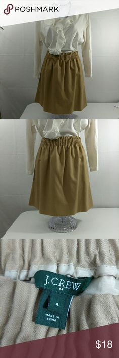J. Crew Wool Sidewalk Skirt Sz 4 EUC Excellent used condition. No noted flaws. Sits at waist, falls above knee. J. Crew Skirts Mini