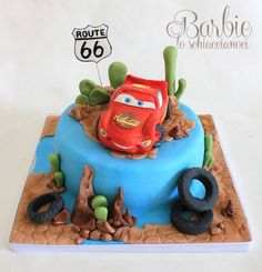 a little Saetta McQueen - by BarbieSchiaccianoci @ CakesDecor.com - cake decorating website
