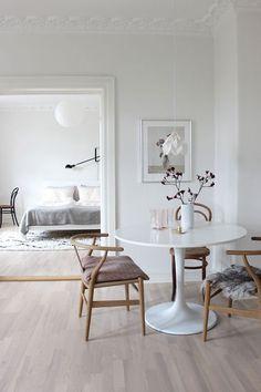 Scandinavian Dining Room Design: Ideas & Inspiration - Di Home Design Scandinavian Interior Design, Scandinavian Living, Nordic Design, Home Design, Home Interior Design, Design Ideas, Interior Livingroom, Room Interior, Design Dintérieur