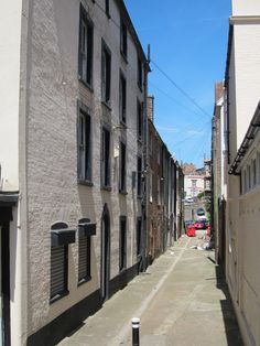 Alley way off Russell Street