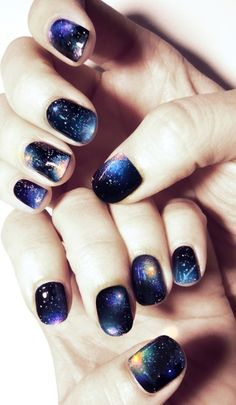 galaxy nail polish design... ahh love! - I need someone to teach me how to do this!