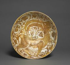 Luster Bowl with Ibex | Egypt, Fustat, 11th century | Cleveland Museum of Art, acc. num. 1944.477
