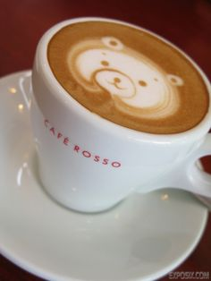 I really want to learn some latte art! Hopefully at my barista course next week! :) #coffee #latteart