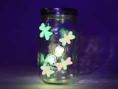 Firefly lights brighten any summer night. Capture the glow with this easy summertime craft!