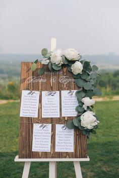 Destination Wedding Event Planning Ideas and Tips Wedding Table Themes, Diy Wedding Decorations, Wedding Crafts, Wedding Bouquets, Wedding Flowers, Rustic Wedding Seating, Dream Wedding, Wedding Day, Trendy Wedding