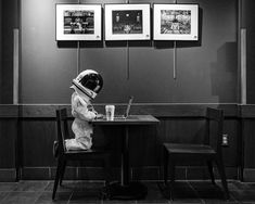Little Astronaut Discovers Our World in Touching Father/Son Photo Project Rocket Fuel Father Son Photos, Father And Son, Cosmos, Astronaut Wallpaper, Aliens, Astronauts In Space, Epic Photos, Lost In Space, Look At The Stars