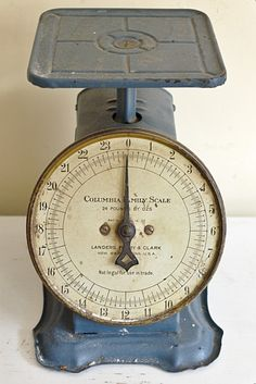 Superbe Old Kitchen Scale